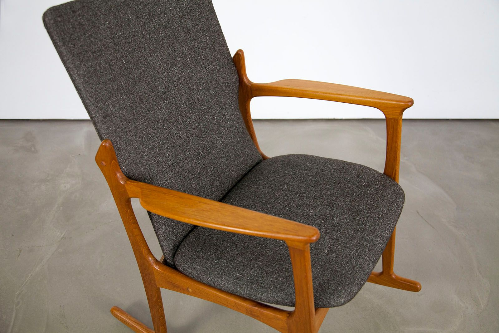 Danish Modern Teak Rocking Chair from Vamdrup for sale at Pamono