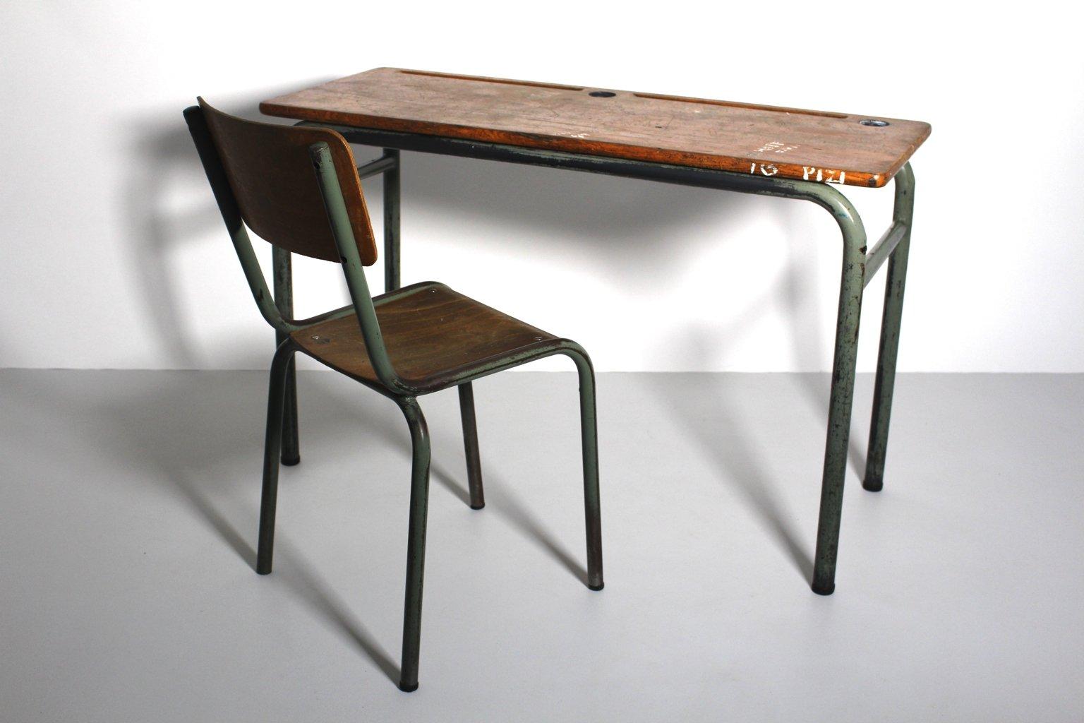 schreibpult und stuhl im industriellen vintage stil 1940er 2er set bei pamono kaufen. Black Bedroom Furniture Sets. Home Design Ideas