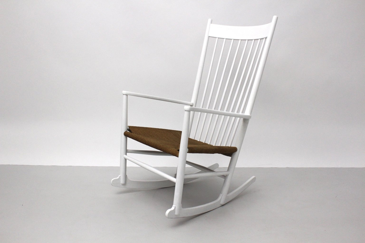J16 Rocking Chair By Hans Wegner For Mobler F. D. B. 1964 For Sale At . Full resolution‎  portraiture, nominally Width 1536 Height 1024 pixels, portraiture with #5F452B.