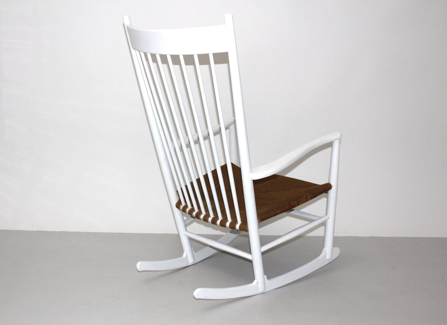 J16 Rocking Chair By Hans Wegner For Mobler F. D. B. 1964 For Sale At . Full resolution‎  portraiture, nominally Width 1536 Height 1119 pixels, portraiture with #462C18.