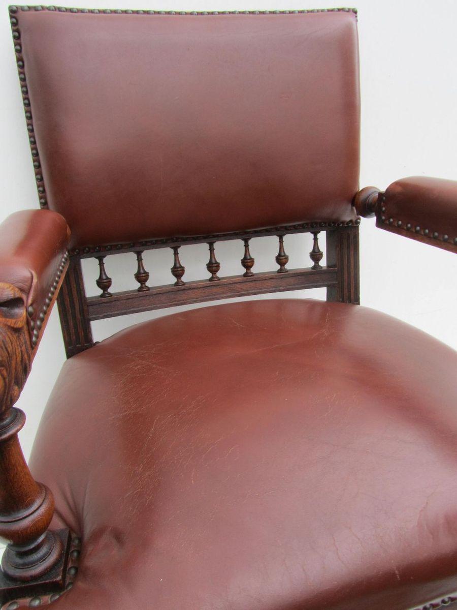 Antiker niederl ndischer armlehnstuhl mit geschnitztem for Armlehnstuhl mit rollen