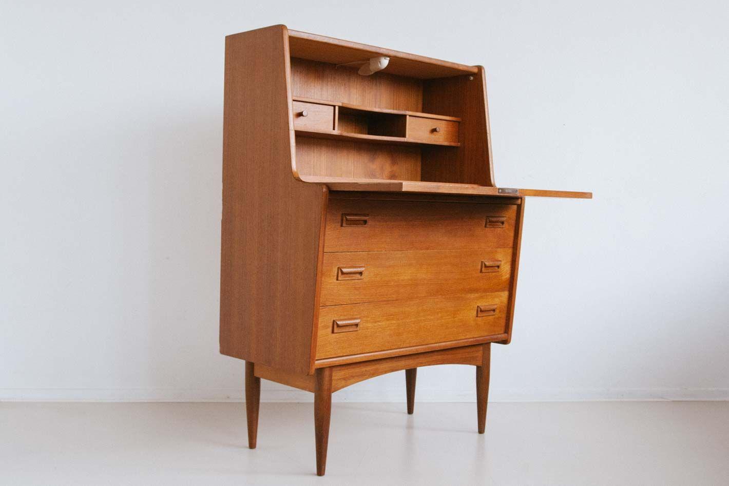 niederl ndischer vintage teak sekret r bei pamono kaufen. Black Bedroom Furniture Sets. Home Design Ideas