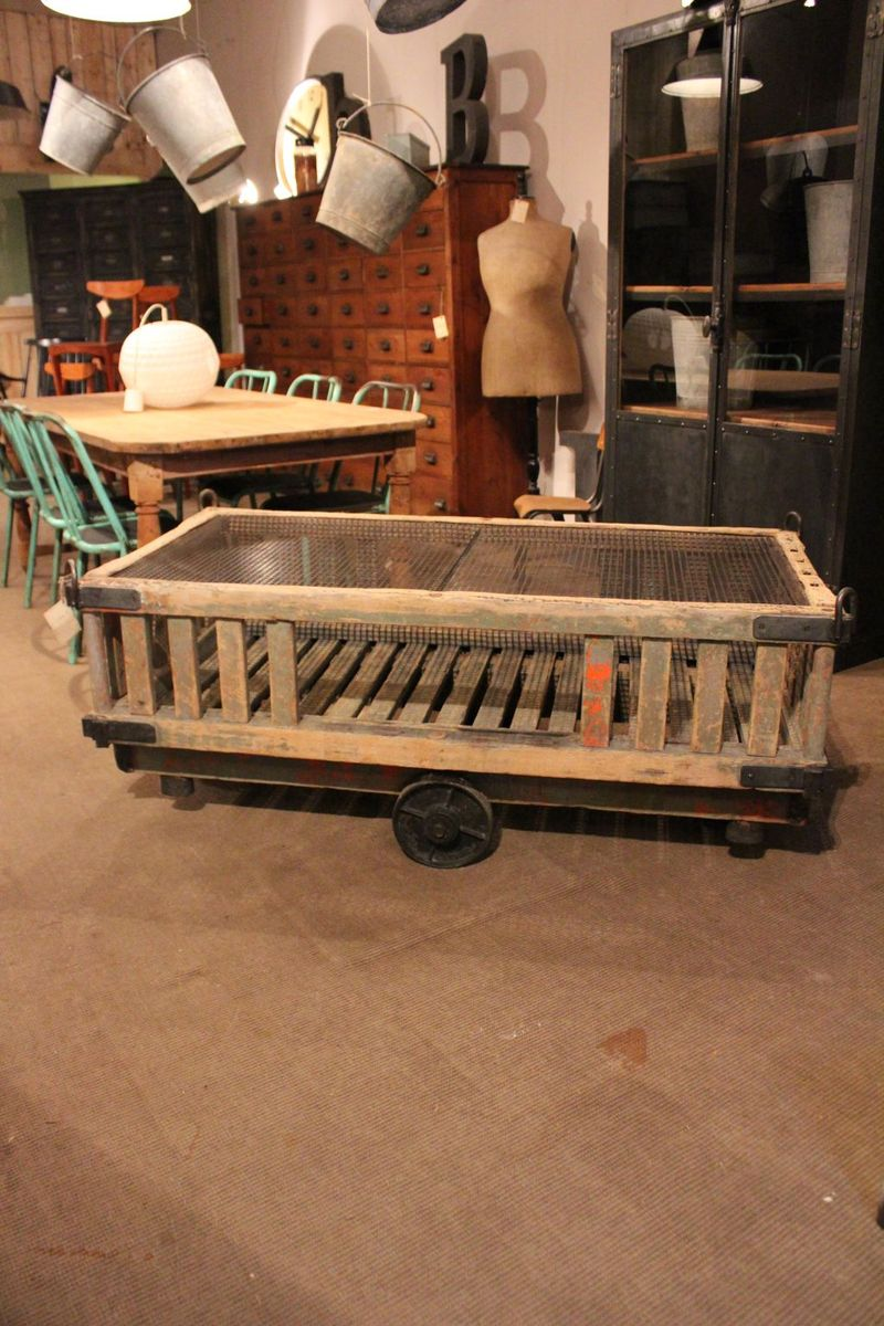 Industrial French Coffee Table 1930 For Sale At Pamono