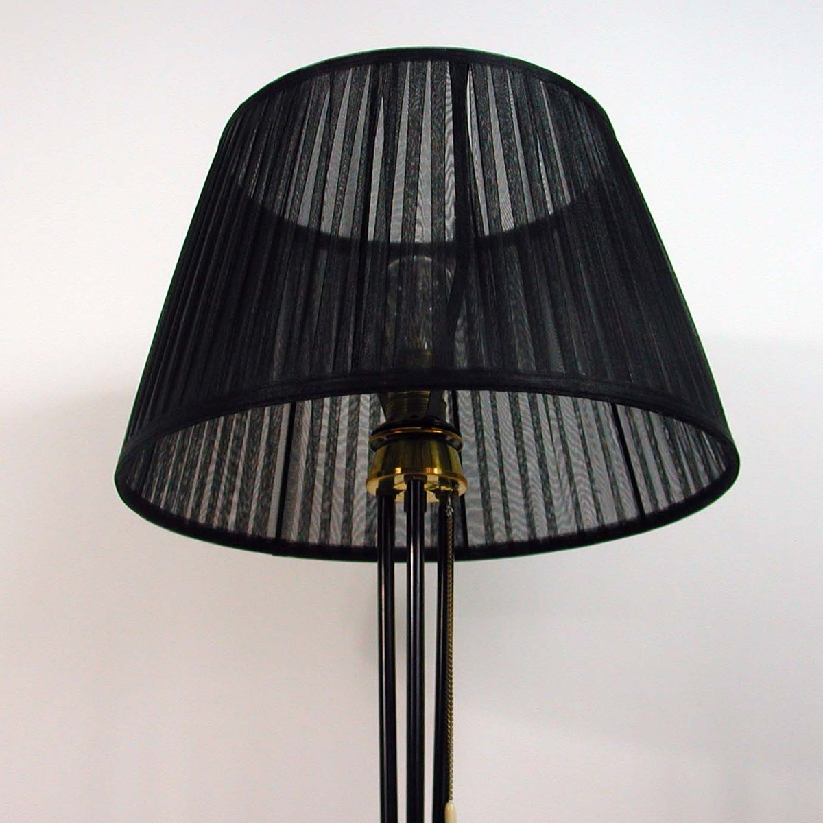black tripod floor lamp 1950s for sale at pamono. Black Bedroom Furniture Sets. Home Design Ideas