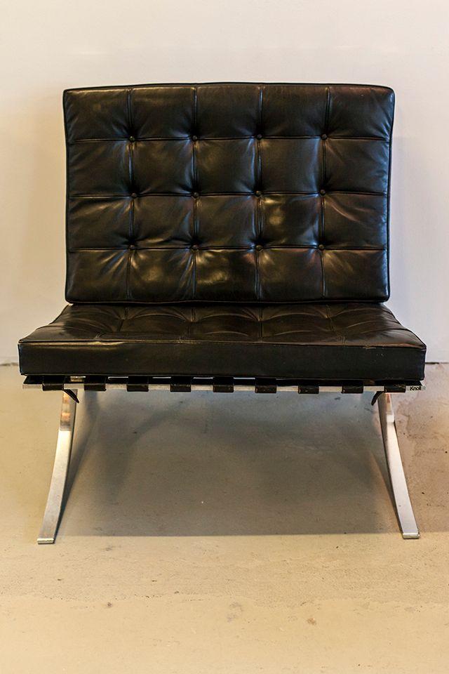 chaise barcelona par ludwig mies van der rohe pour knoll international en vente sur pamono. Black Bedroom Furniture Sets. Home Design Ideas