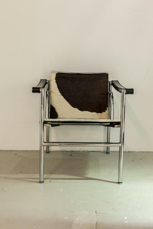 modell lc1 chrom stuhl von le corbusier f r cassina bei. Black Bedroom Furniture Sets. Home Design Ideas