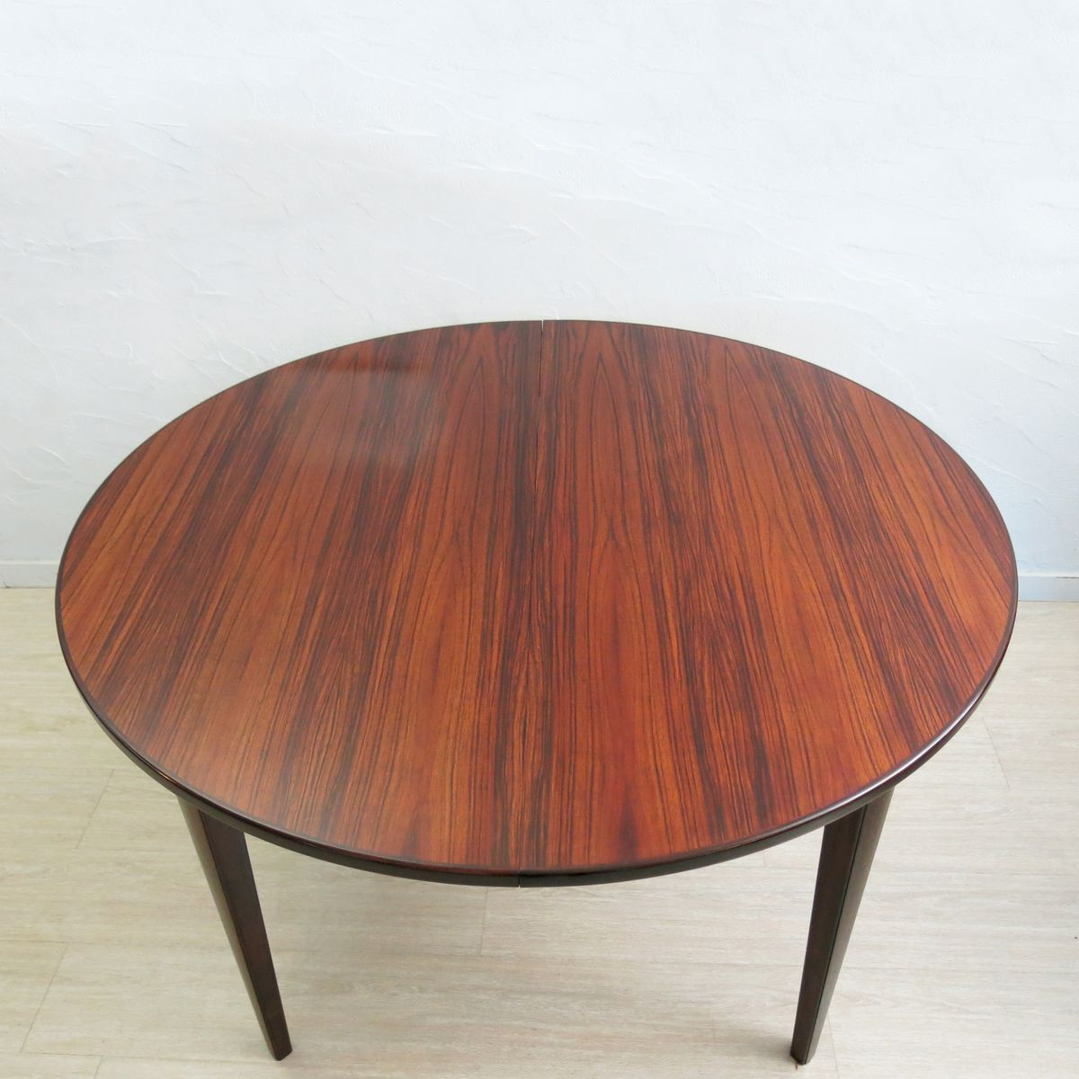 Model 55 Rosewood Dining Table from Omann Junn for sale at  : model 55 rosewood dining table from omann junn 3 from pamono.com size 1200 x 1200 jpeg 103kB