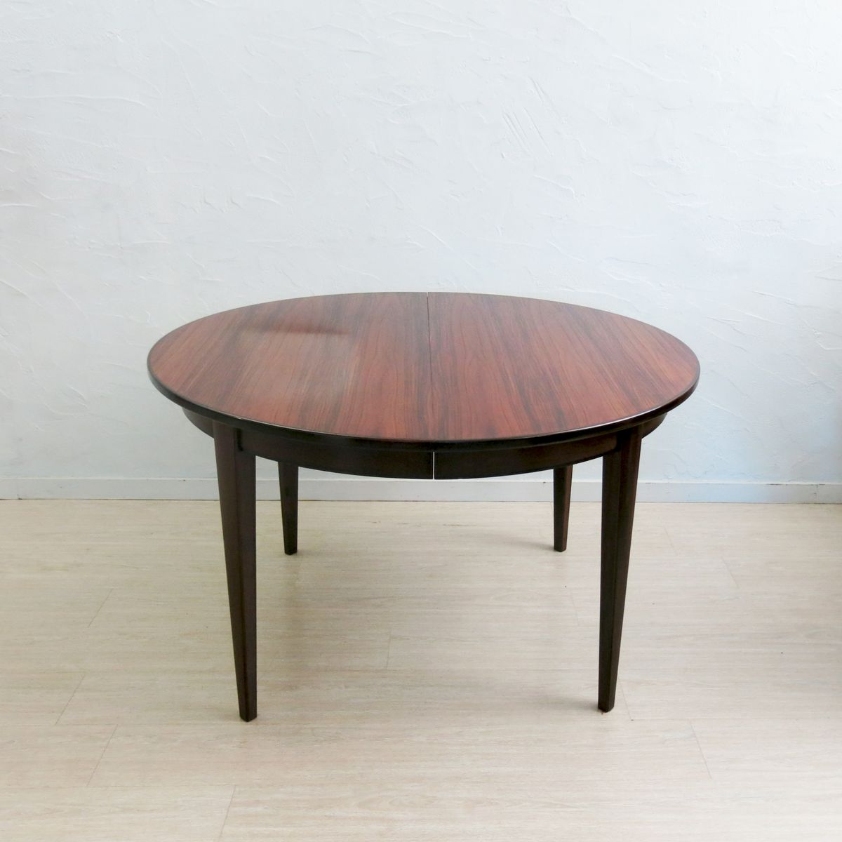 Model 55 Rosewood Dining Table from Omann Junn for sale at  : model 55 rosewood dining table from omann junn 1 from pamono.com size 1200 x 1200 jpeg 71kB