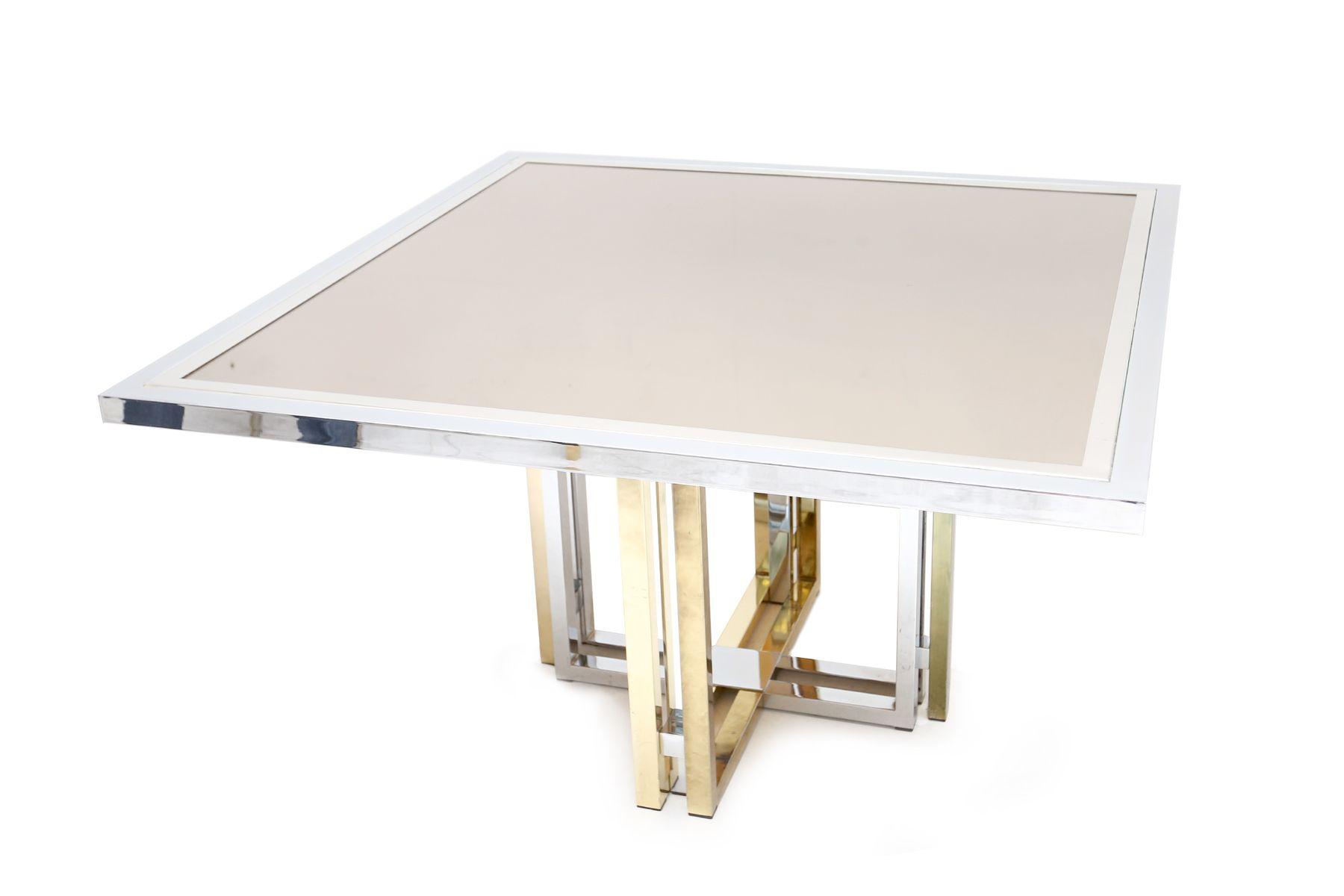 Quadratischer esstisch aus messing und chrom von for Quadratischer esstisch