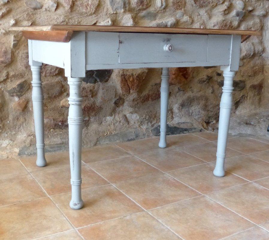 Antiker Esstisch Mit Modernen Stühlen ~ Antiker Gründerzeit Esstisch mit Schublade bei Pamono kaufen