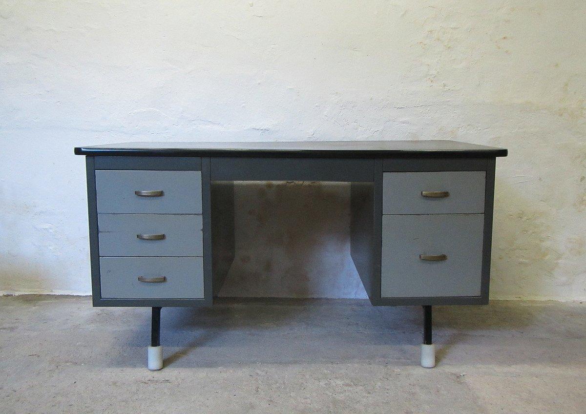 grauer metall schreibtisch von tds sclessin bei pamono kaufen. Black Bedroom Furniture Sets. Home Design Ideas