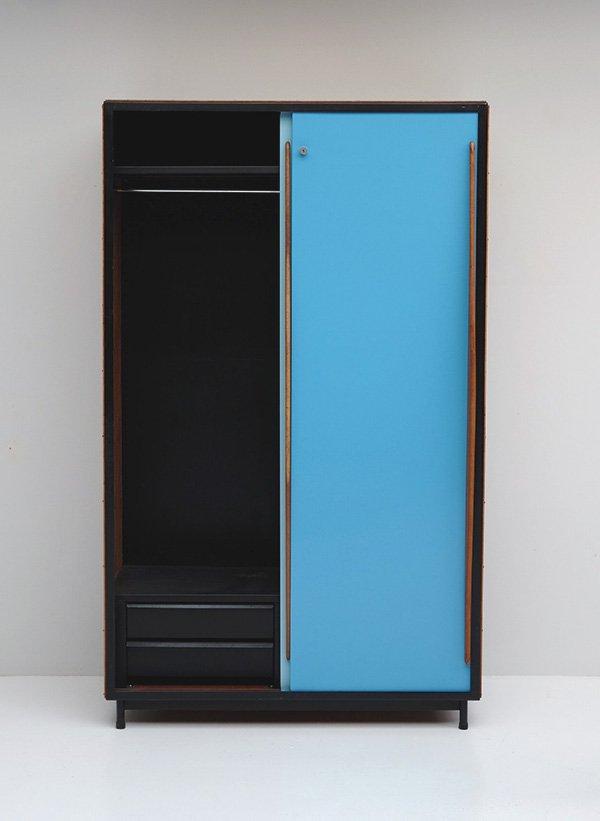 zweifarbiger vintage garderobenschrank von willy van der. Black Bedroom Furniture Sets. Home Design Ideas