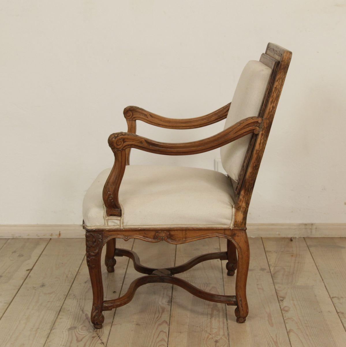 barocker armlehnstuhl frankreich bei pamono kaufen. Black Bedroom Furniture Sets. Home Design Ideas