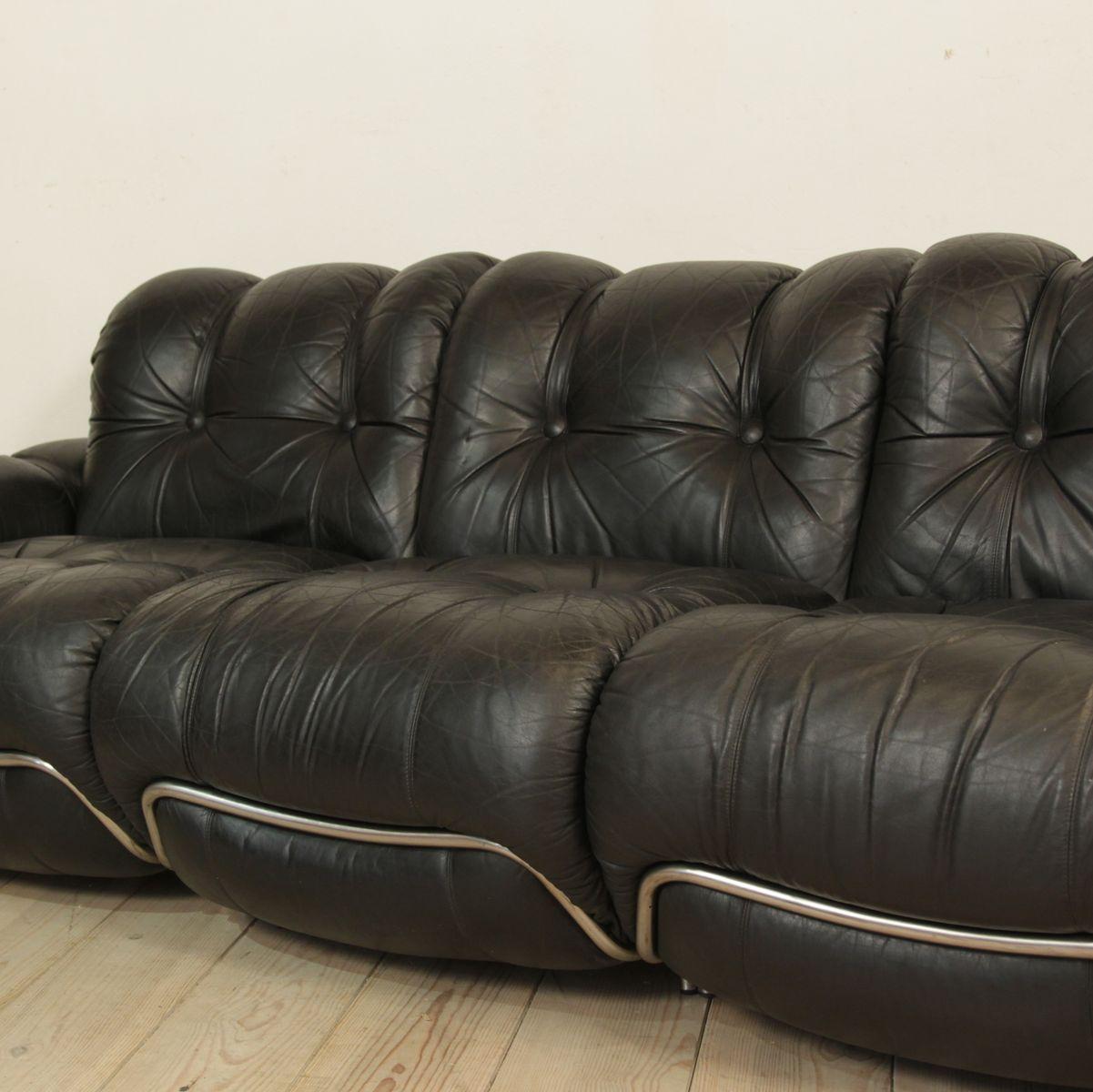 Italian black leather sofa for sale at pamono for Italian leather sofa