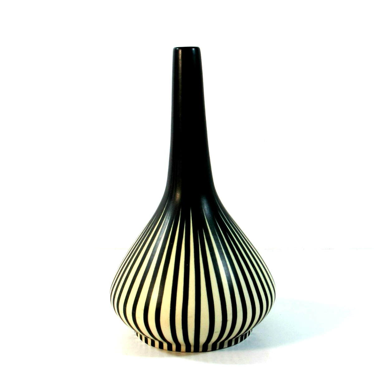 ceramic vase by maria kohler for villeroy boch 1960s. Black Bedroom Furniture Sets. Home Design Ideas