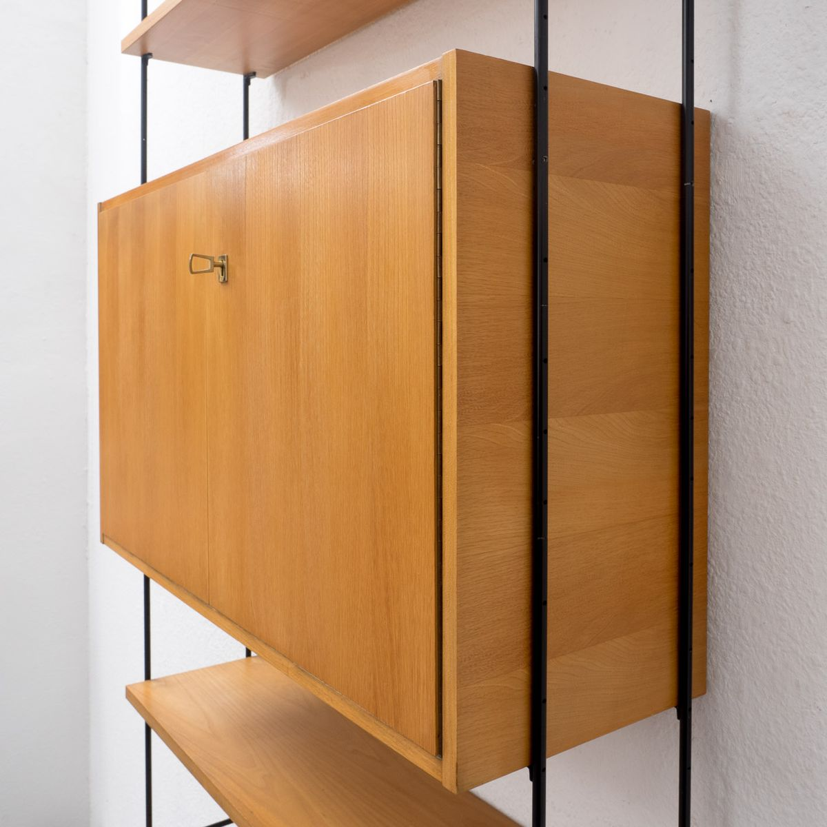 omnia modulares regalsystem von hilker 1960er bei pamono kaufen. Black Bedroom Furniture Sets. Home Design Ideas
