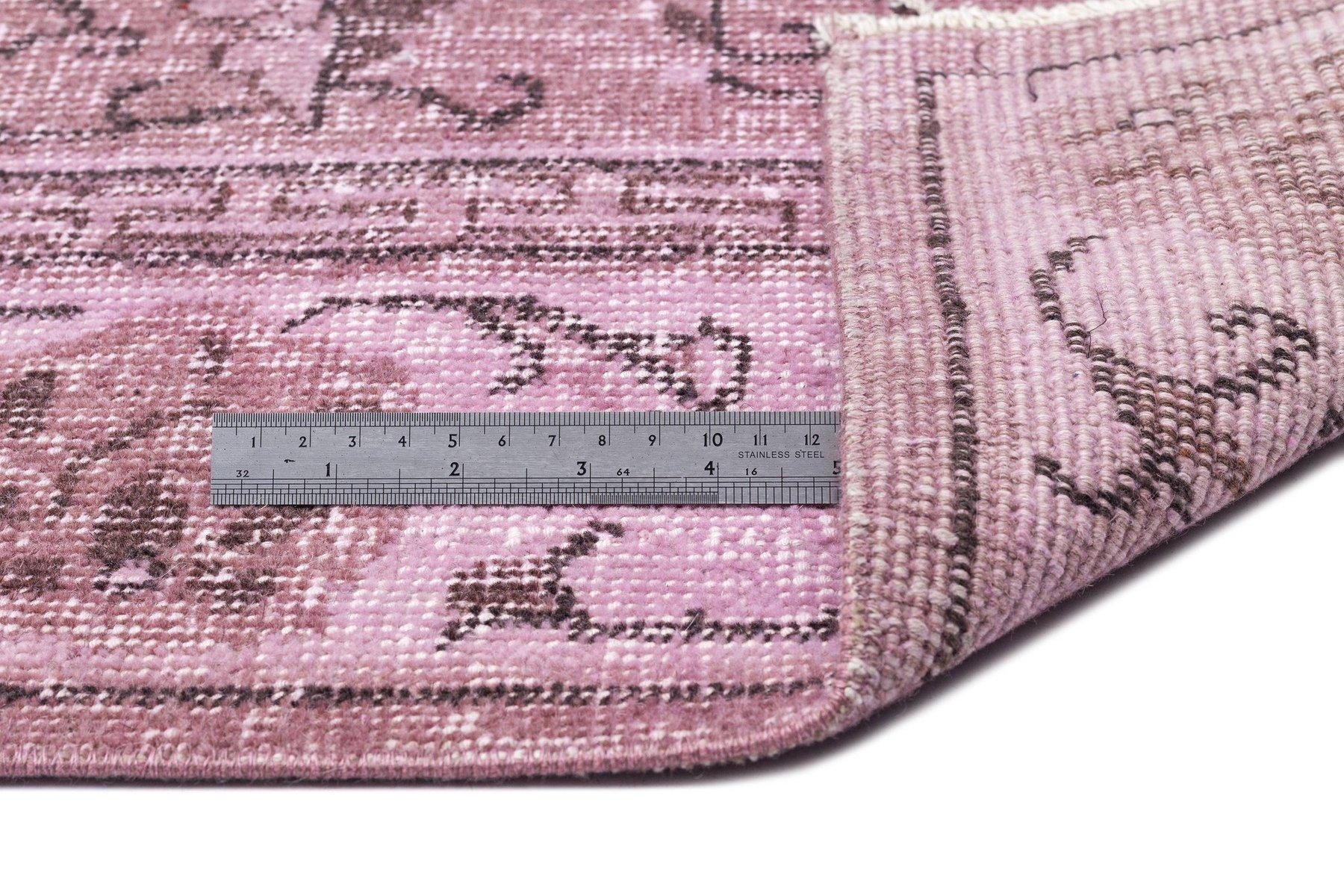Teppich rosa  Türkischer Vintage Teppich in Rosa bei Pamono kaufen