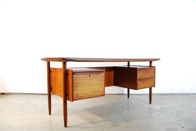 teak xl schreibtisch mit b cherregal von tijsseling f r propos humefa 1960er bei pamono kaufen. Black Bedroom Furniture Sets. Home Design Ideas