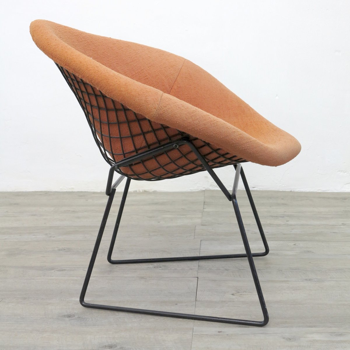 chaise bertoia prix random image of bertoia chaise. Black Bedroom Furniture Sets. Home Design Ideas
