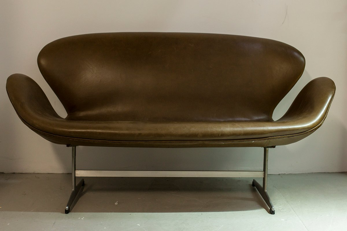 Vintage 3321 sofa by arne jacobsen for fritz hansen super - Super sofa ...