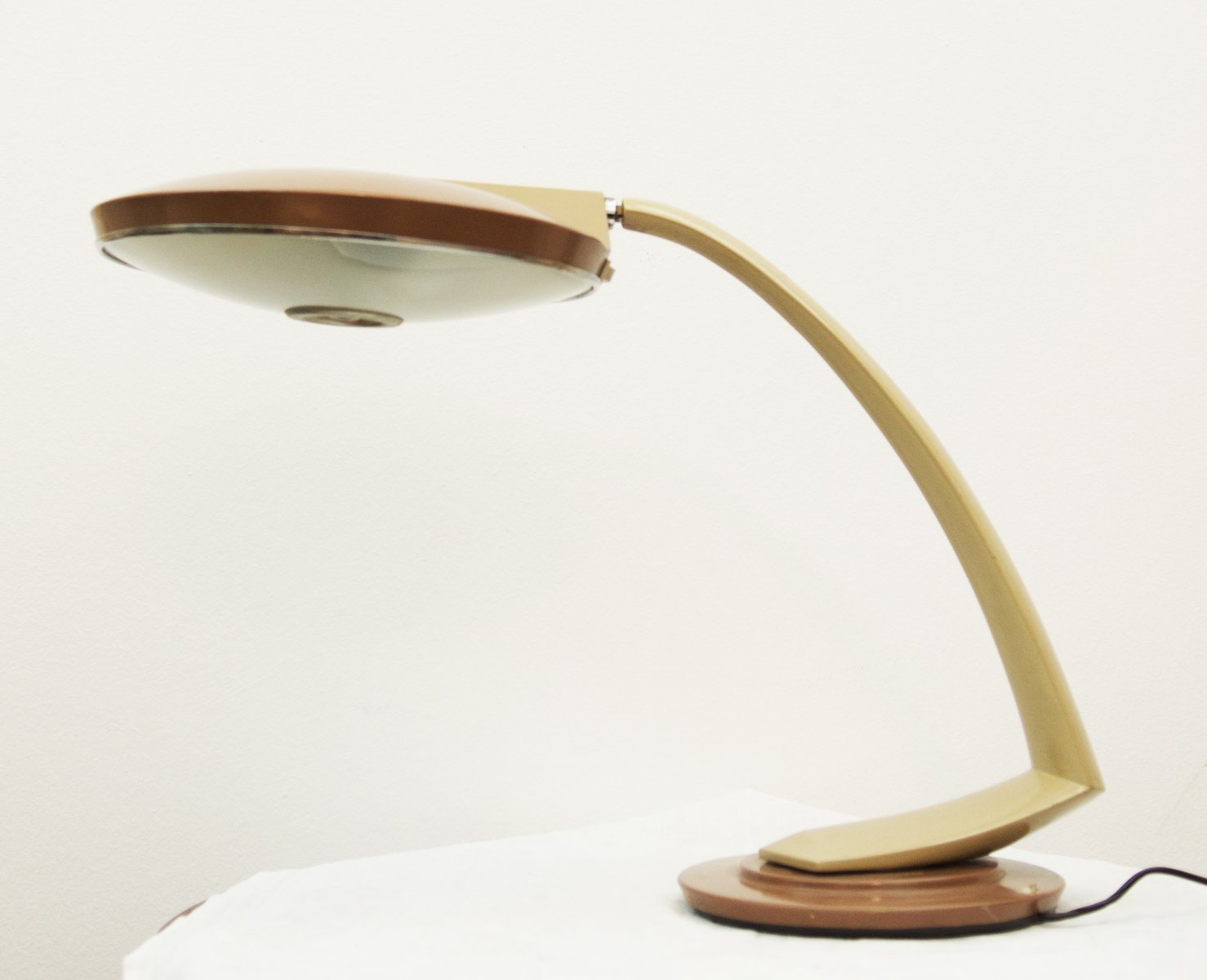 spanische tischlampe aus stahl und glas von fase 1960er bei pamono kaufen. Black Bedroom Furniture Sets. Home Design Ideas