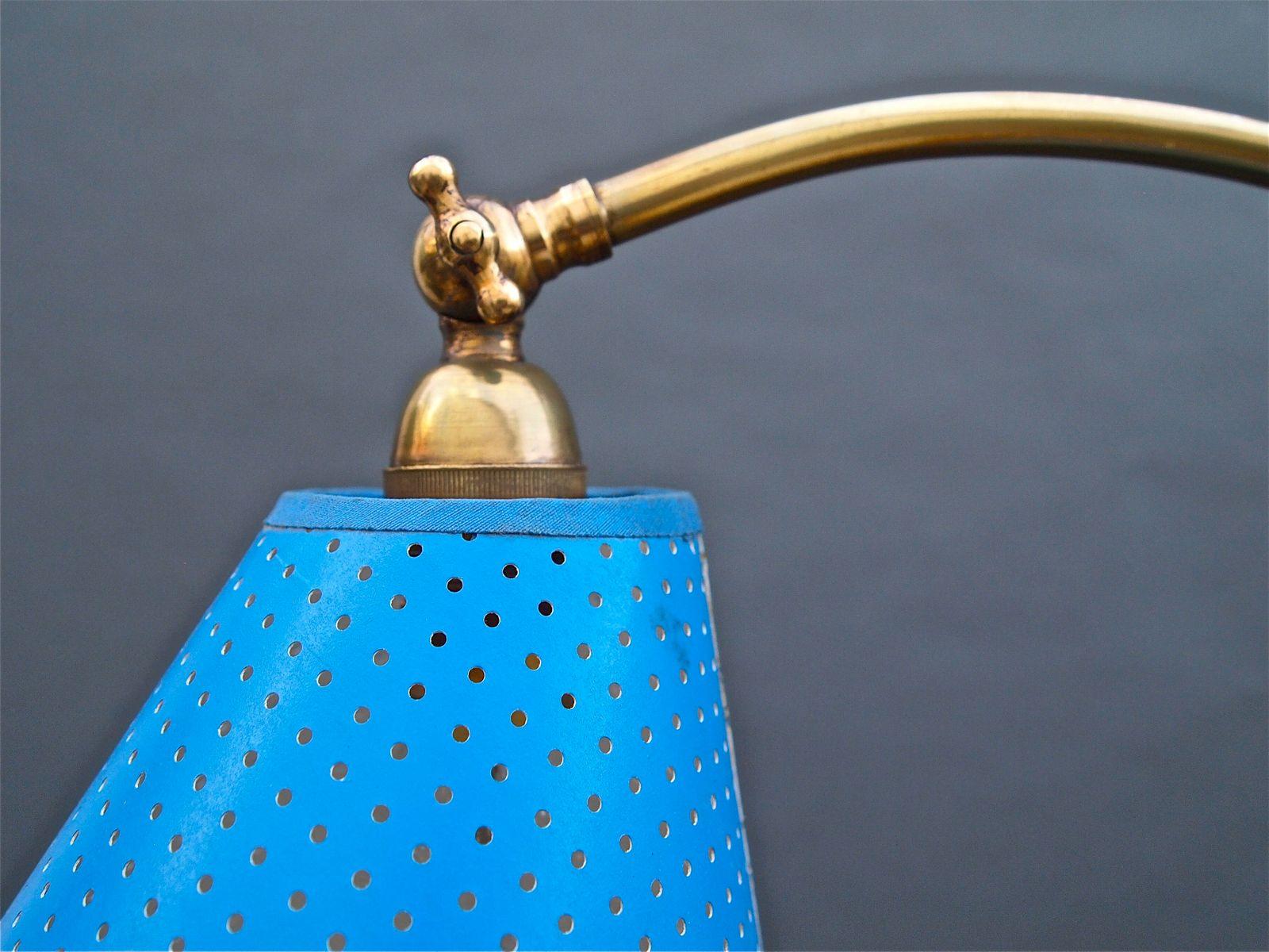 stehlampe mit blauem schirm 1950 bei pamono kaufen. Black Bedroom Furniture Sets. Home Design Ideas