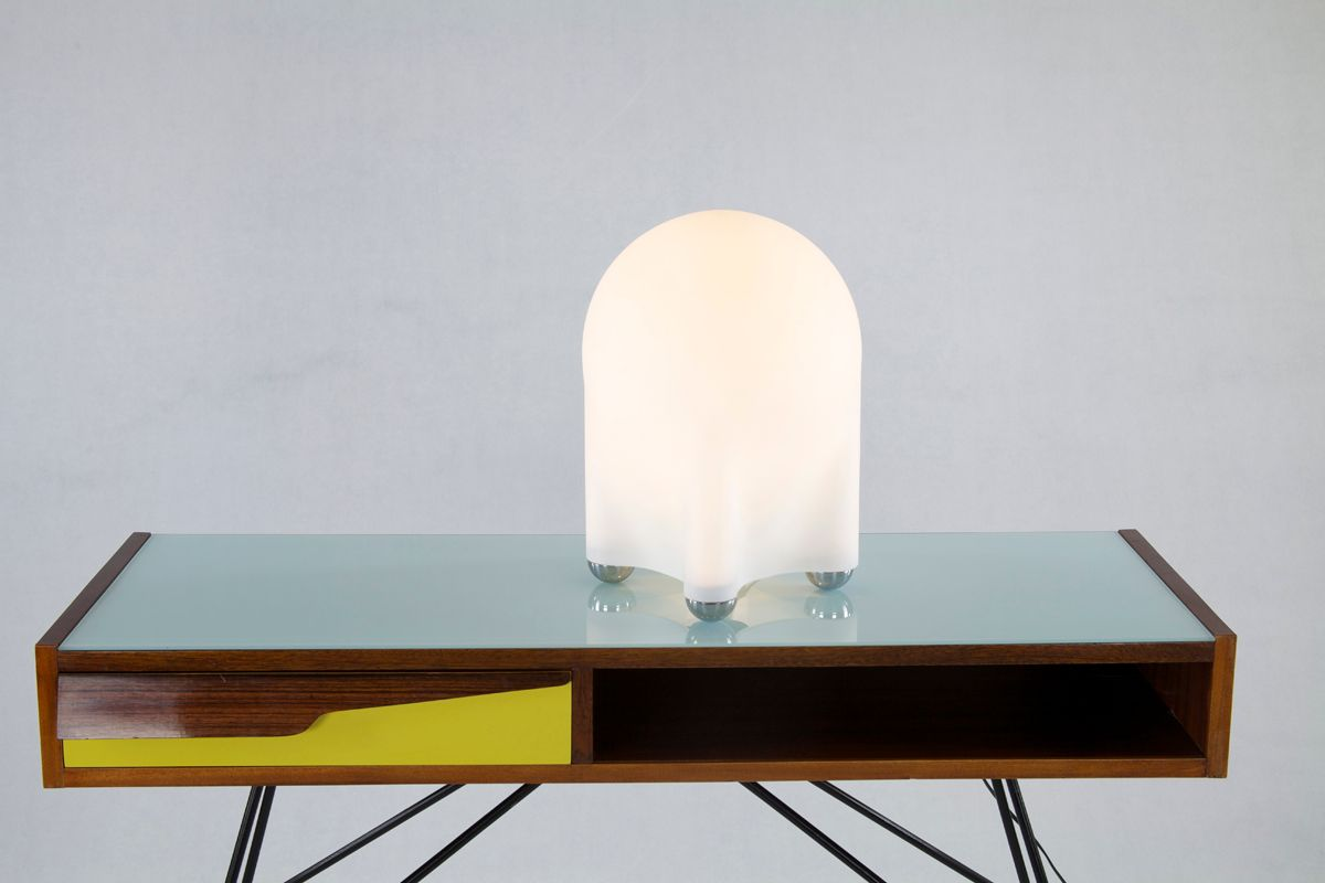 italienische vintage tischlampe aus chrom glas bei pamono kaufen. Black Bedroom Furniture Sets. Home Design Ideas