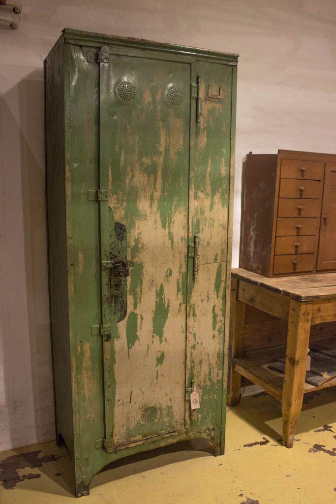 deutscher industrieller vintage spind 1900 bei pamono kaufen. Black Bedroom Furniture Sets. Home Design Ideas