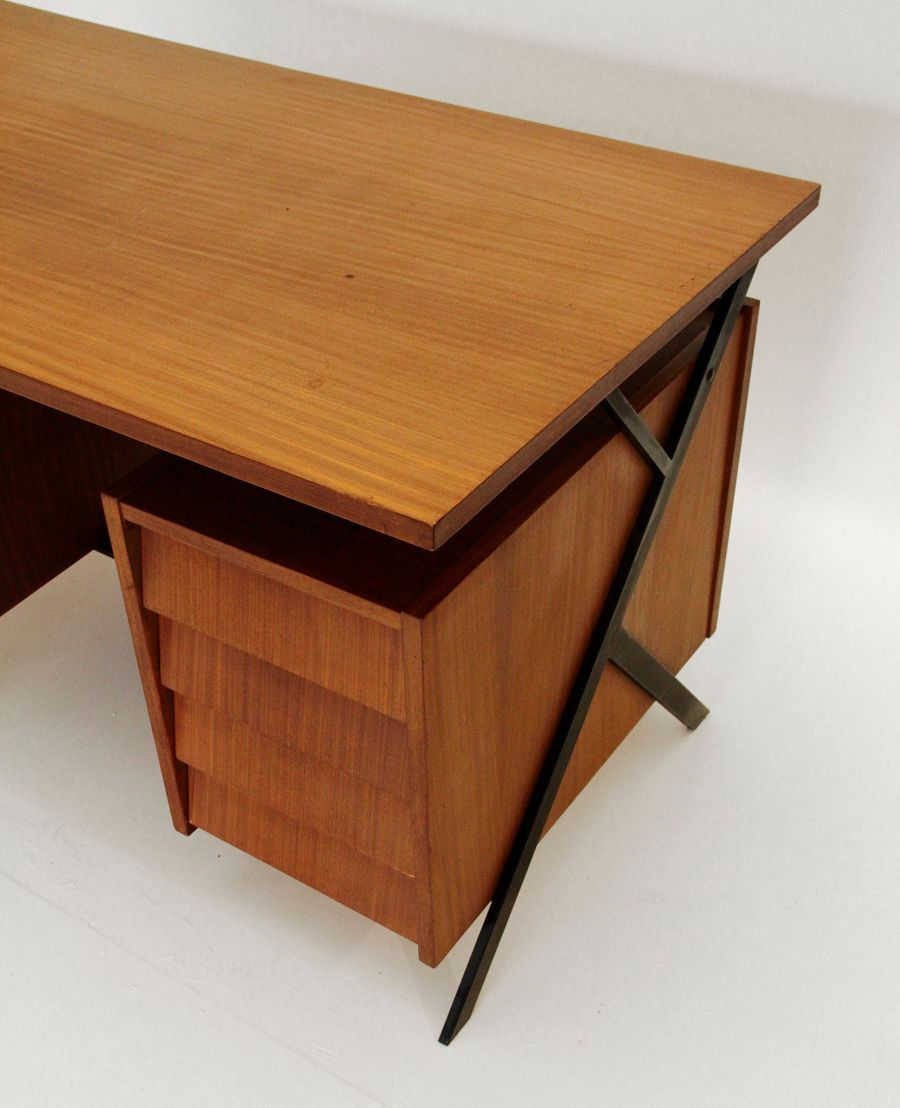 italienischer mid century schreibtisch 1960er bei pamono kaufen. Black Bedroom Furniture Sets. Home Design Ideas