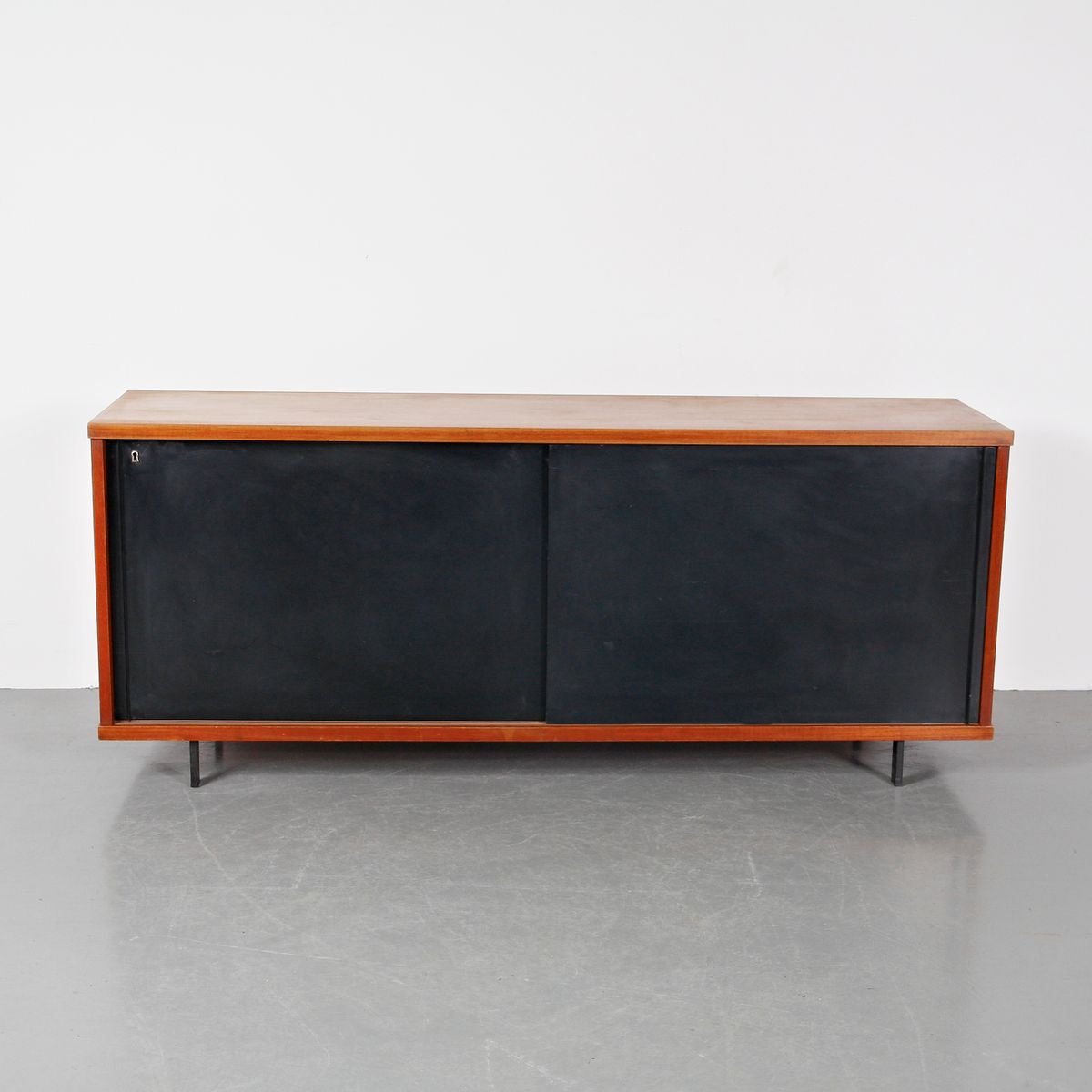 sideboard aus eichenholz metall von cees braakman f r pastoe circa 1950 bei pamono kaufen. Black Bedroom Furniture Sets. Home Design Ideas