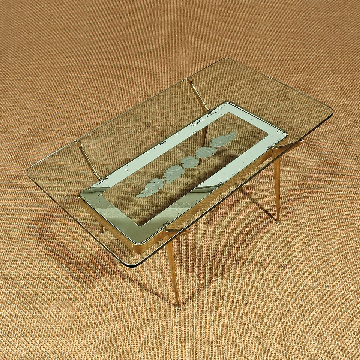 Italienischer Couchtisch aus Glas & Messing, 1950er bei Pamono kaufen -> Couchtisch Glas Messing Italienisch
