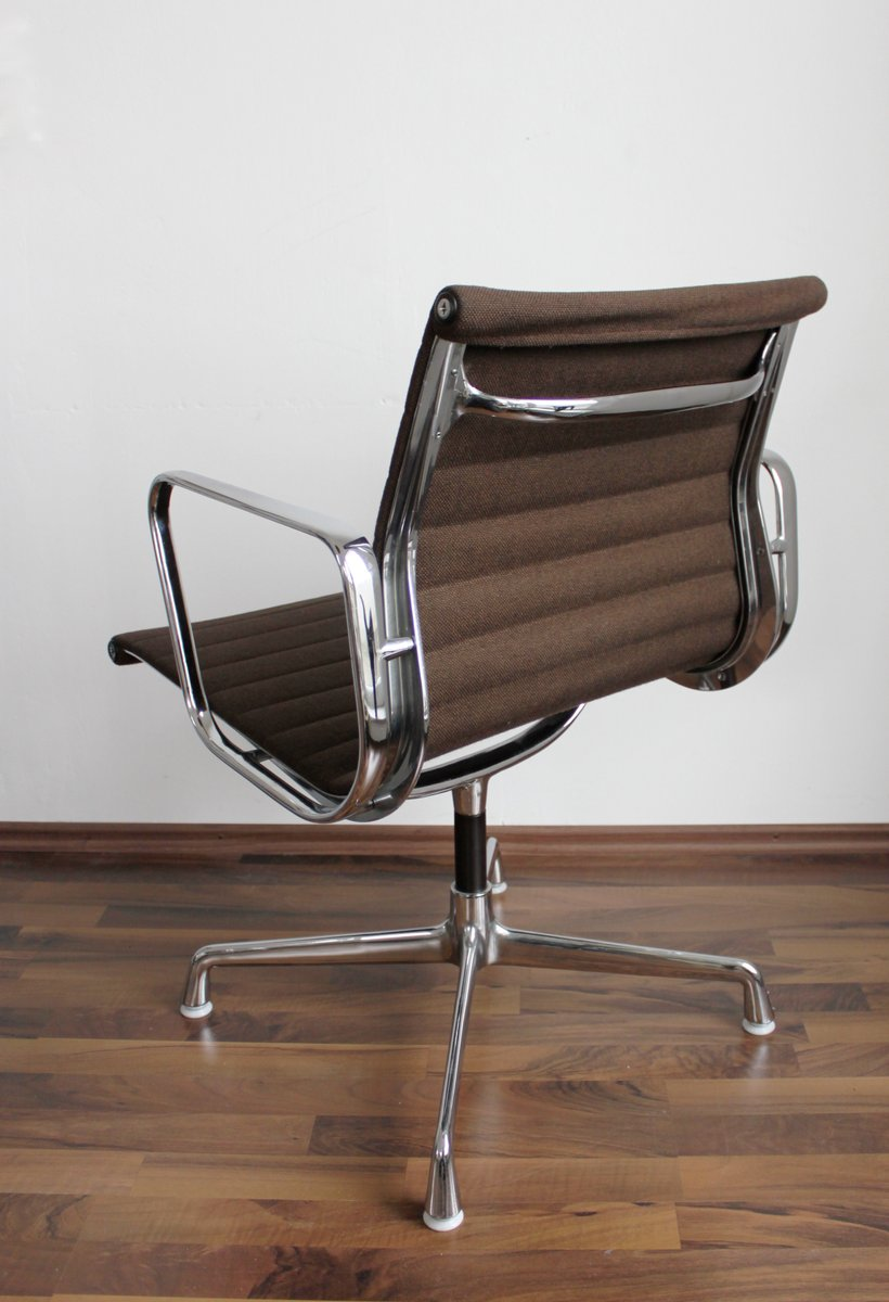 Ea107 alu chair by charles eames for vitra for sale at pamono for Eames alu chair nachbau