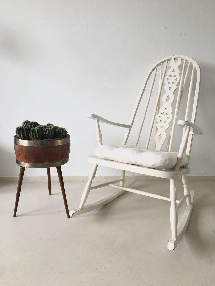 Vintage windsor schaukelstuhl bei pamono kaufen for Schaukelstuhl auf englisch