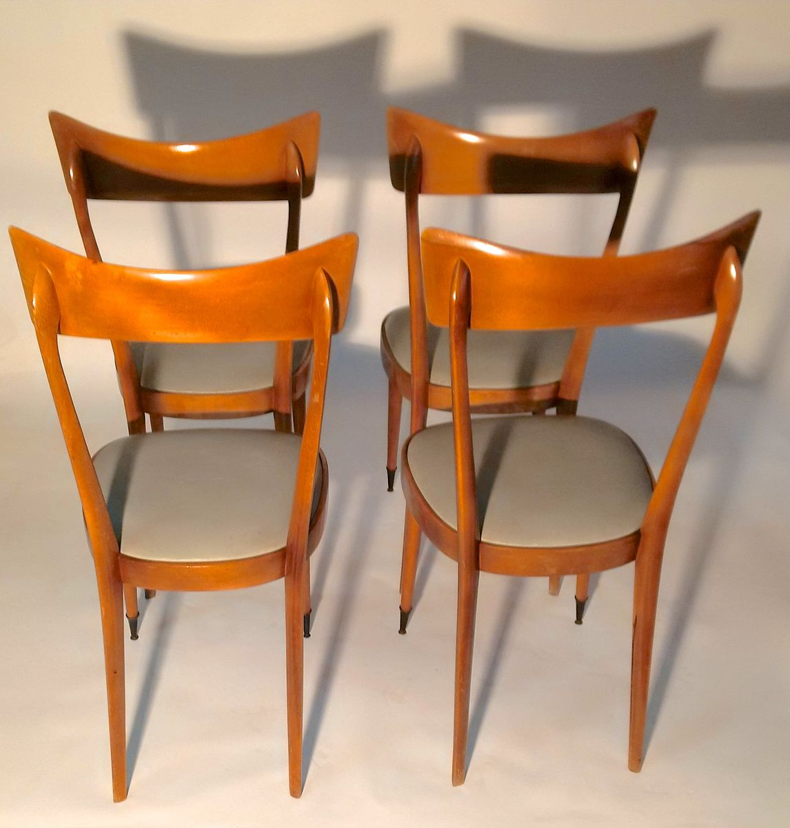 Italienische Mid Century Esszimmer Stühle, 4er Set bei Pamono kaufen