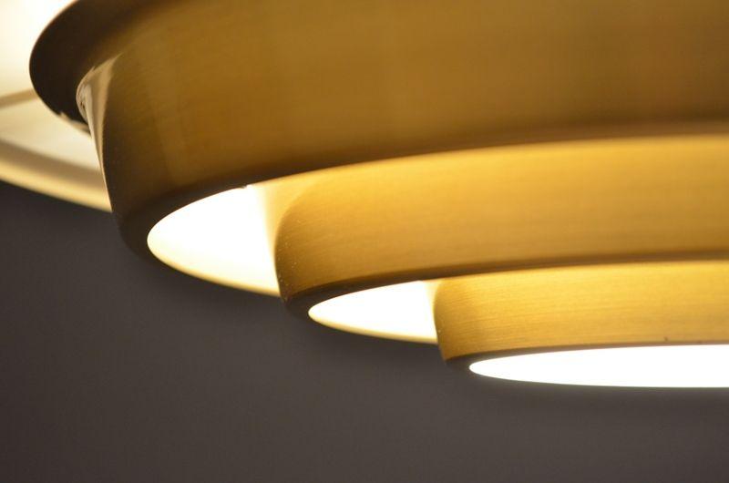 d nische aluminium h ngelampen in chapagne kupfer farben. Black Bedroom Furniture Sets. Home Design Ideas
