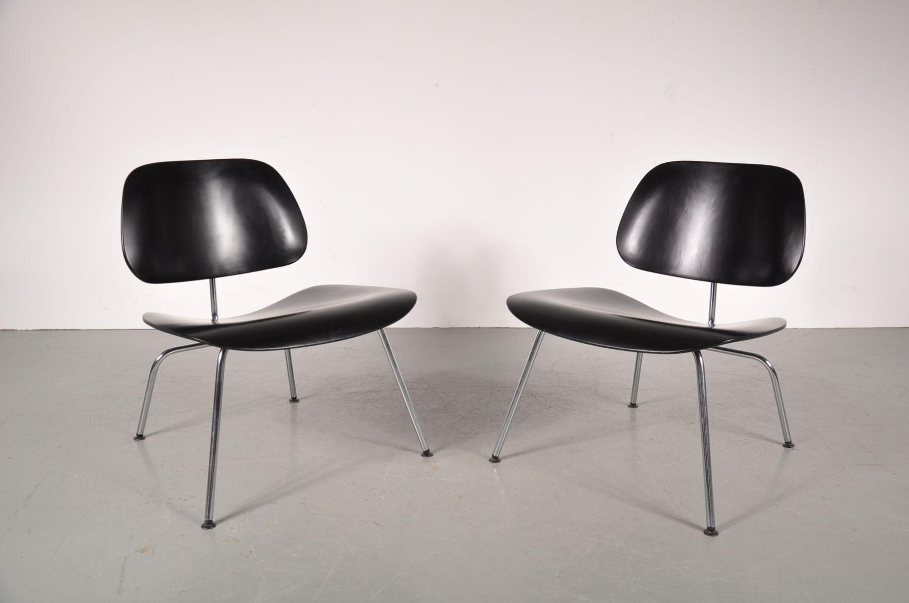 stuhl aus verchromten metall und sperrholz von charles ray eames f r herman miller bei pamono. Black Bedroom Furniture Sets. Home Design Ideas