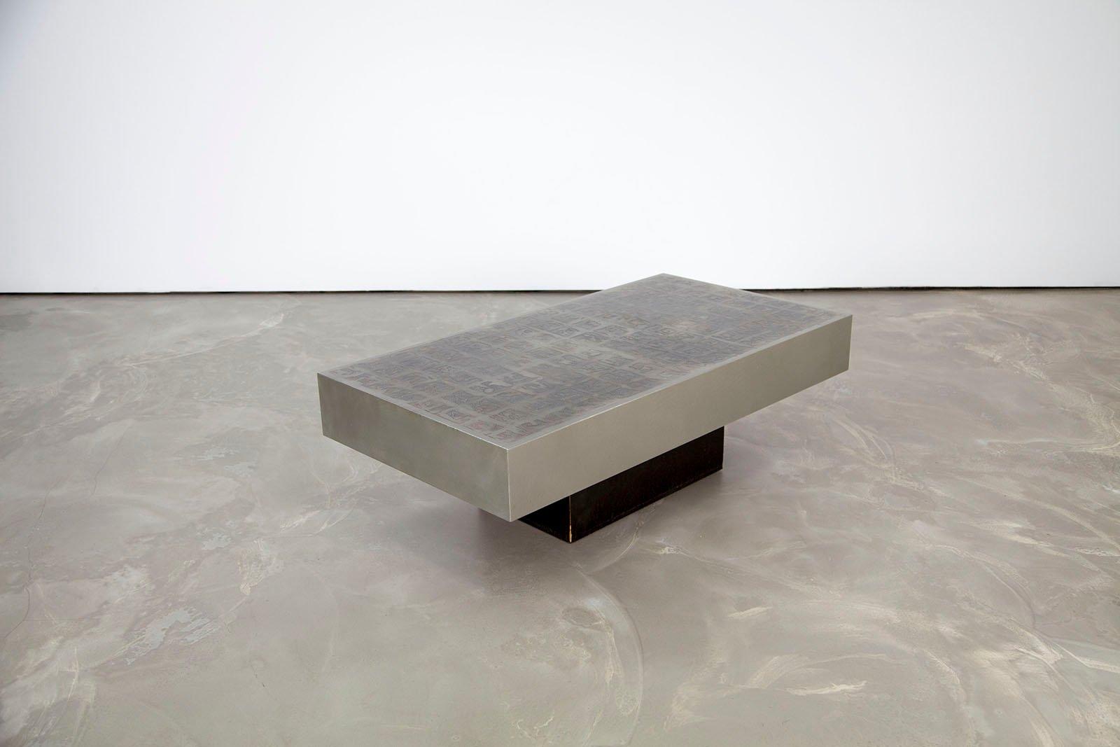 table basse vintage en aluminium par willy rizzo en vente sur pamono. Black Bedroom Furniture Sets. Home Design Ideas