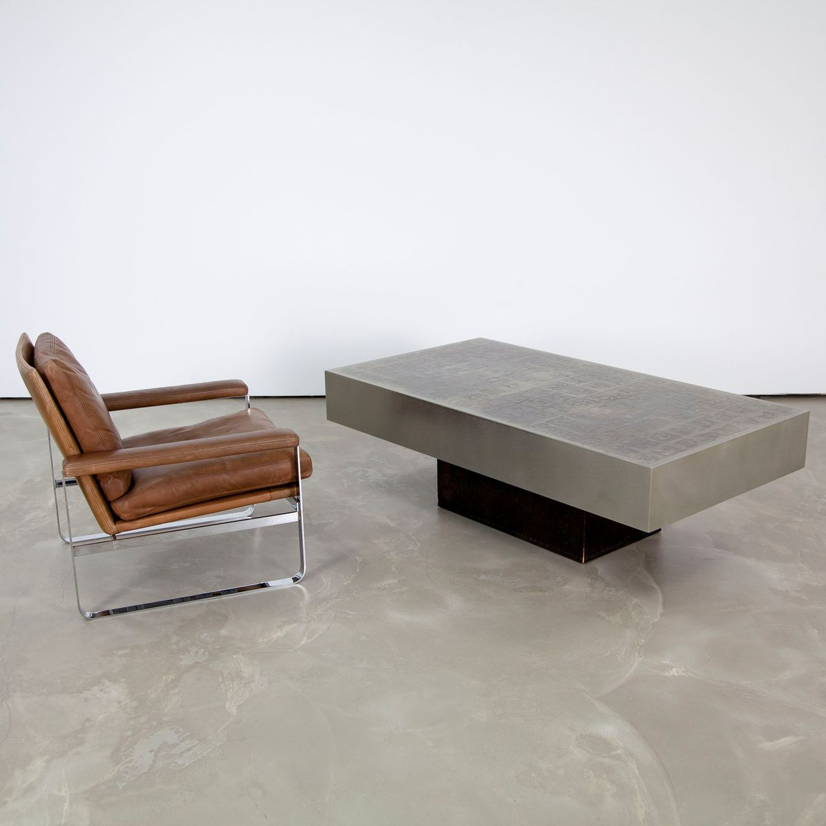 table basse vintage en aluminium par willy rizzo en vente sur pamono. Black Bedroom Furniture Sets. Home Design Ideas