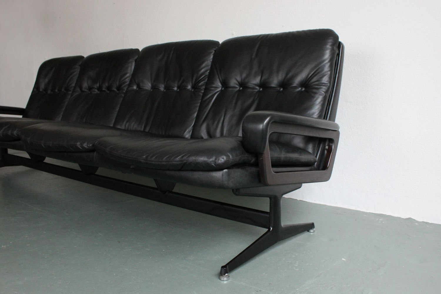 Comkings Sofa : King Sofa by André Vandenbeuck for Strässle for sale at Pamono