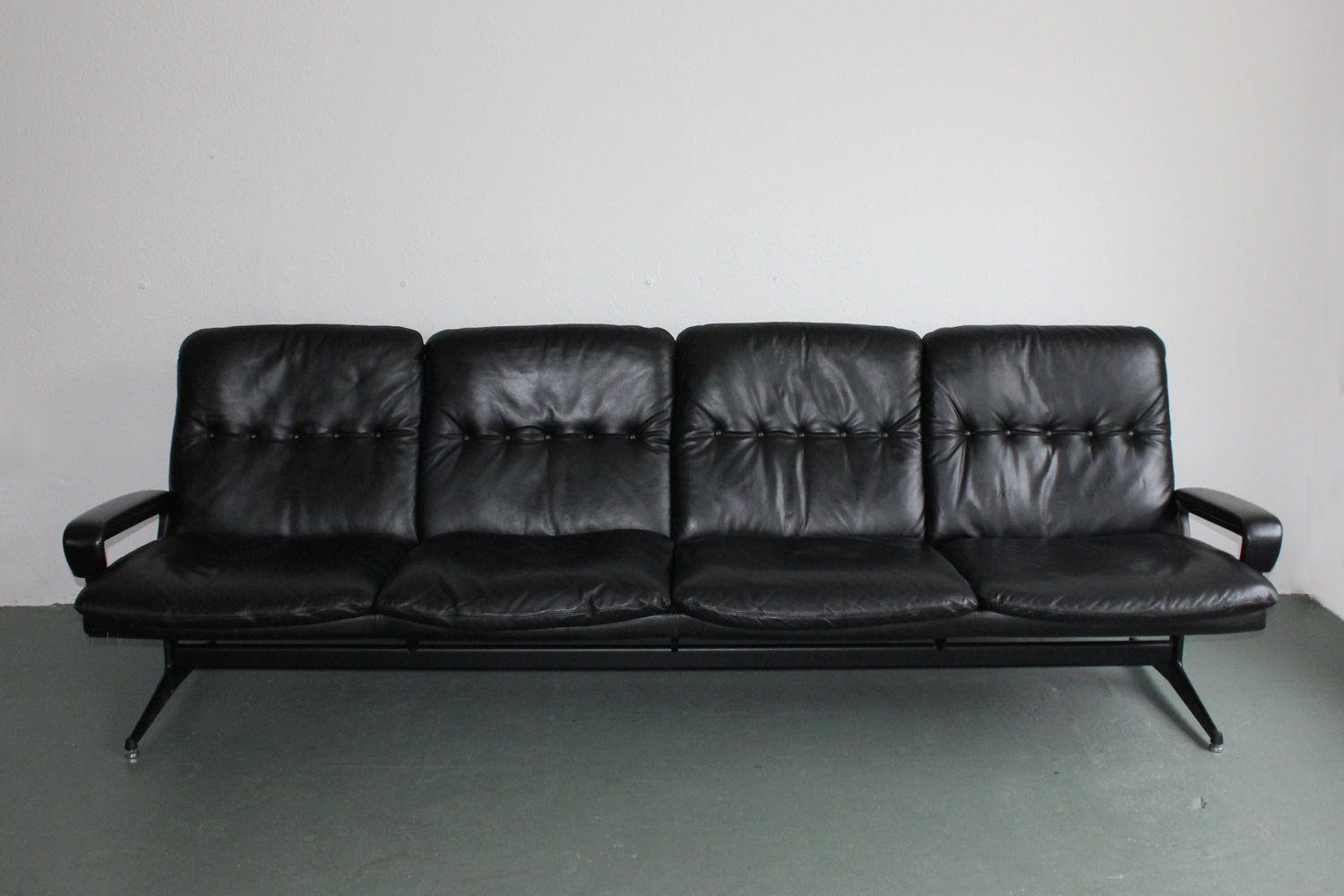 King Sofa By Andr Vandenbeuck For Str Ssle For Sale At Pamono