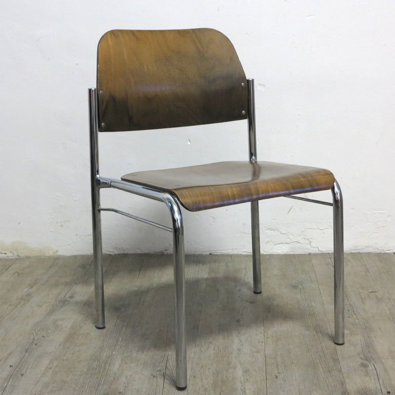 stapelbarer skandinavischer vintage stuhl bei pamono kaufen. Black Bedroom Furniture Sets. Home Design Ideas