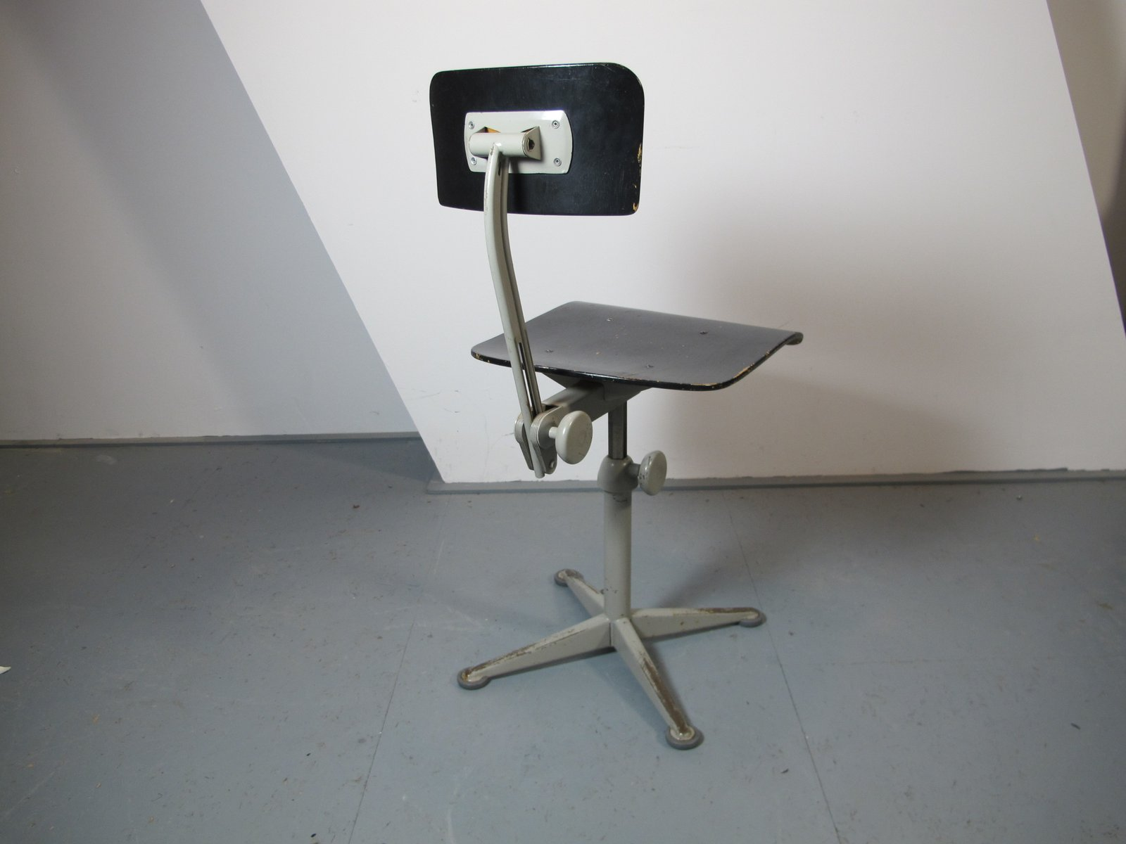 Industrial fice Chair by Friso Kramer for Ahrend Cirkel 1961