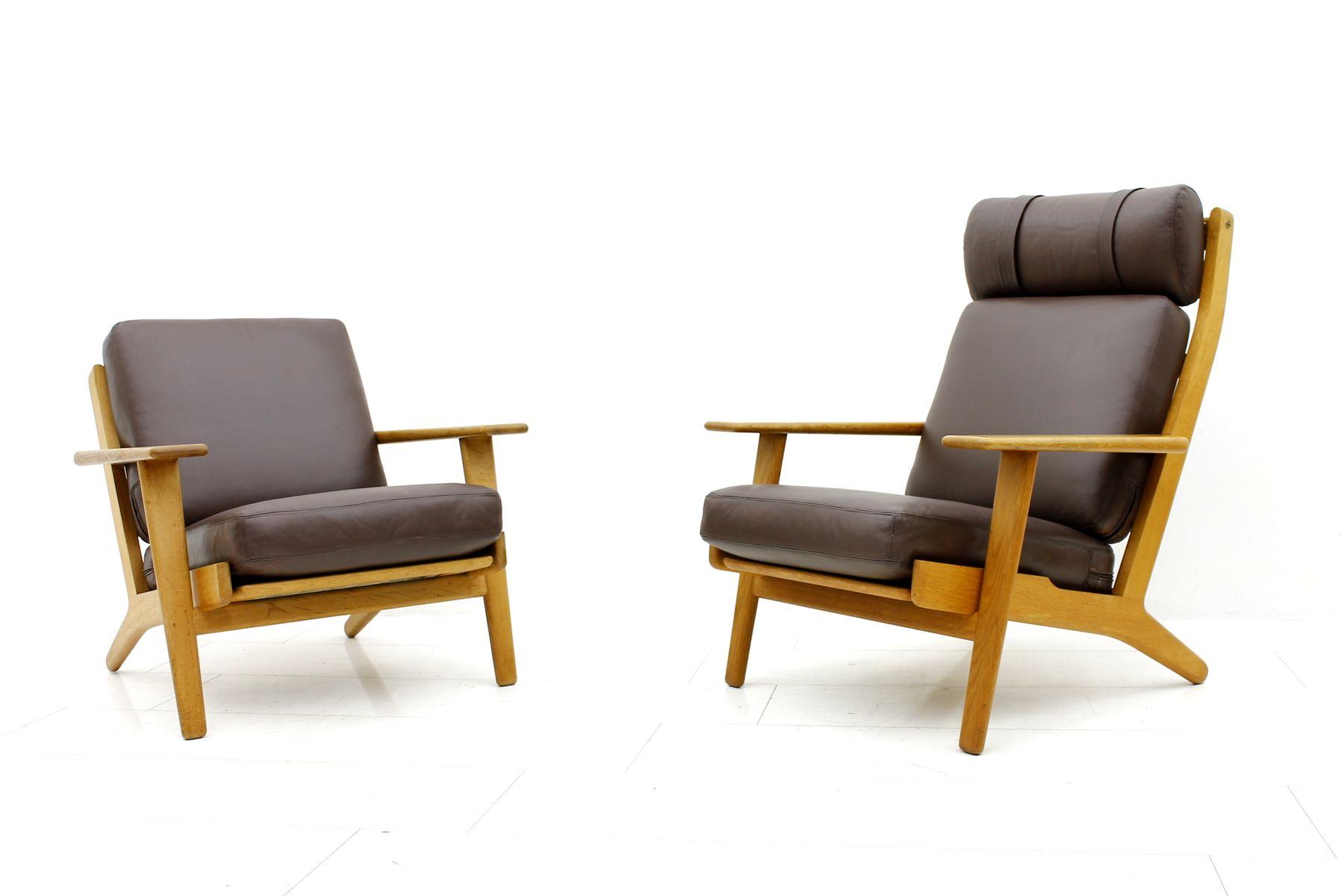 striad lounge chair high back