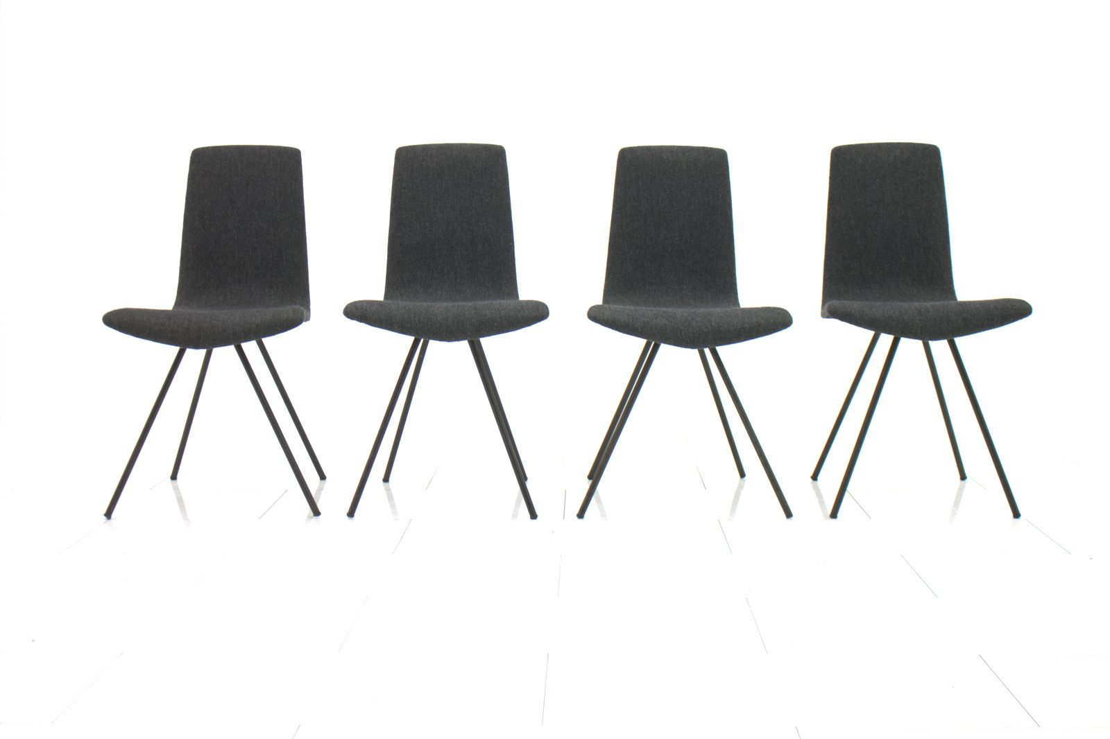 graue wohnzimmerst hle m belideen. Black Bedroom Furniture Sets. Home Design Ideas