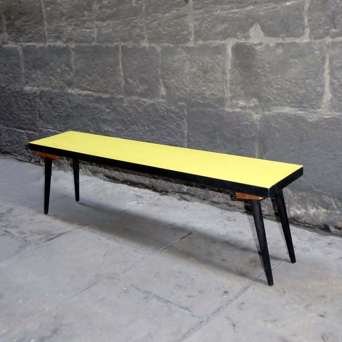 Vintage yellow formica side table for sale at pamono for Formica table
