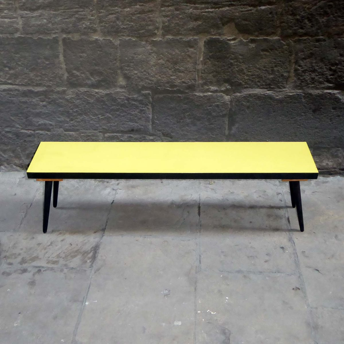 vintage yellow formica side table for sale at pamono. Black Bedroom Furniture Sets. Home Design Ideas