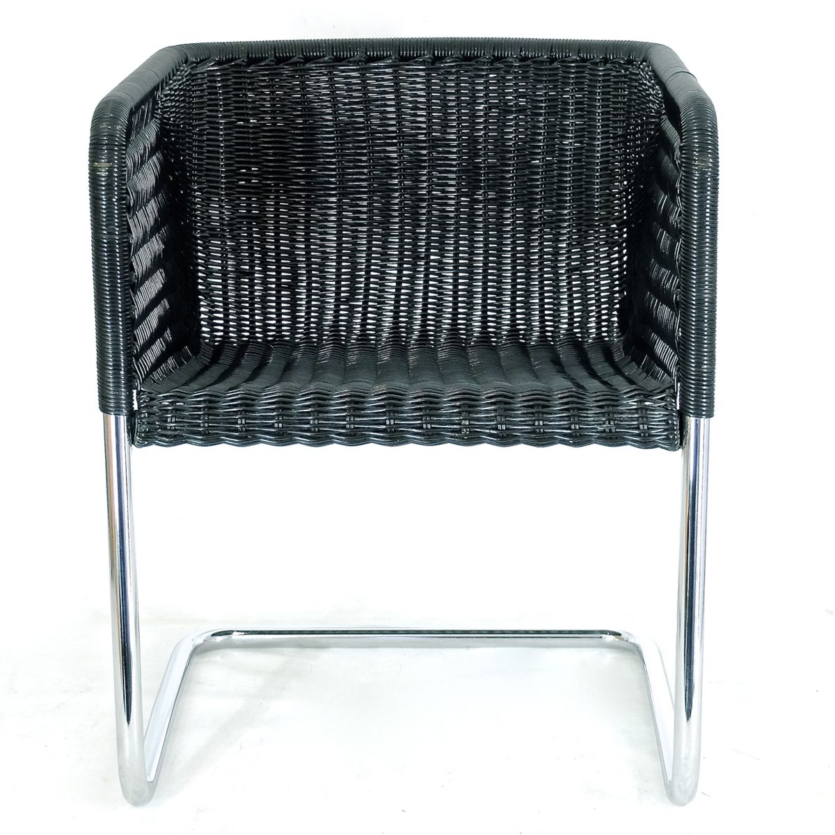 modell d43 freischwinger stuhl im bauhaus stil 4er set bei pamono kaufen. Black Bedroom Furniture Sets. Home Design Ideas