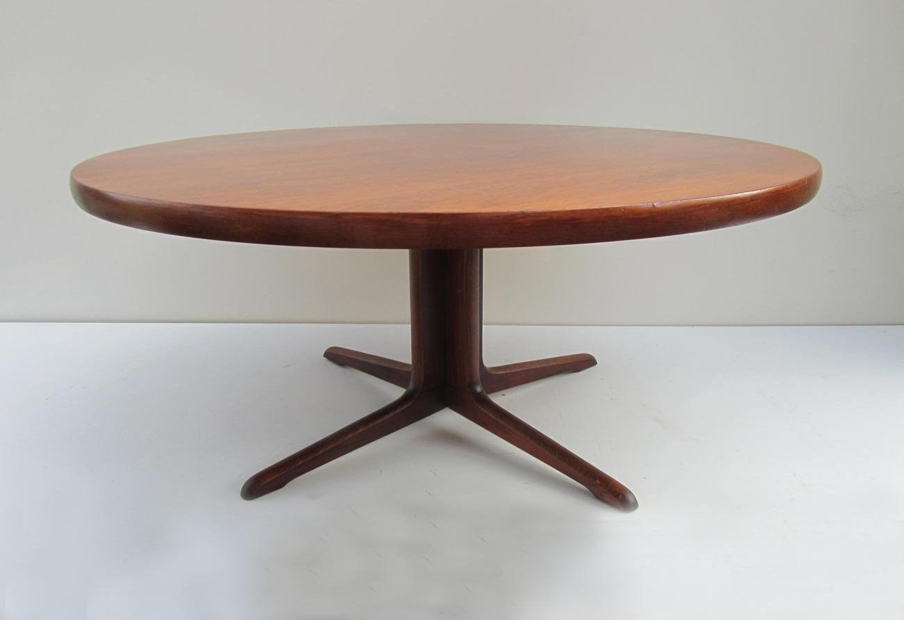 mid century scandinavian round teak coffee table for sale at pamono. Black Bedroom Furniture Sets. Home Design Ideas