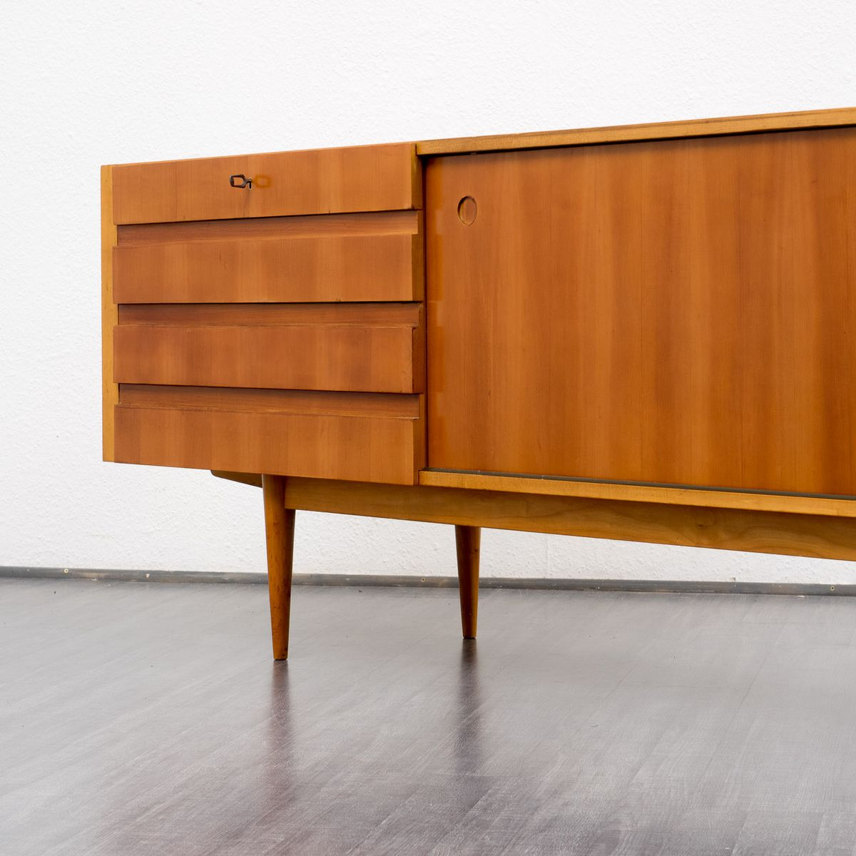 kirschholz sideboard 1960er bei pamono kaufen. Black Bedroom Furniture Sets. Home Design Ideas