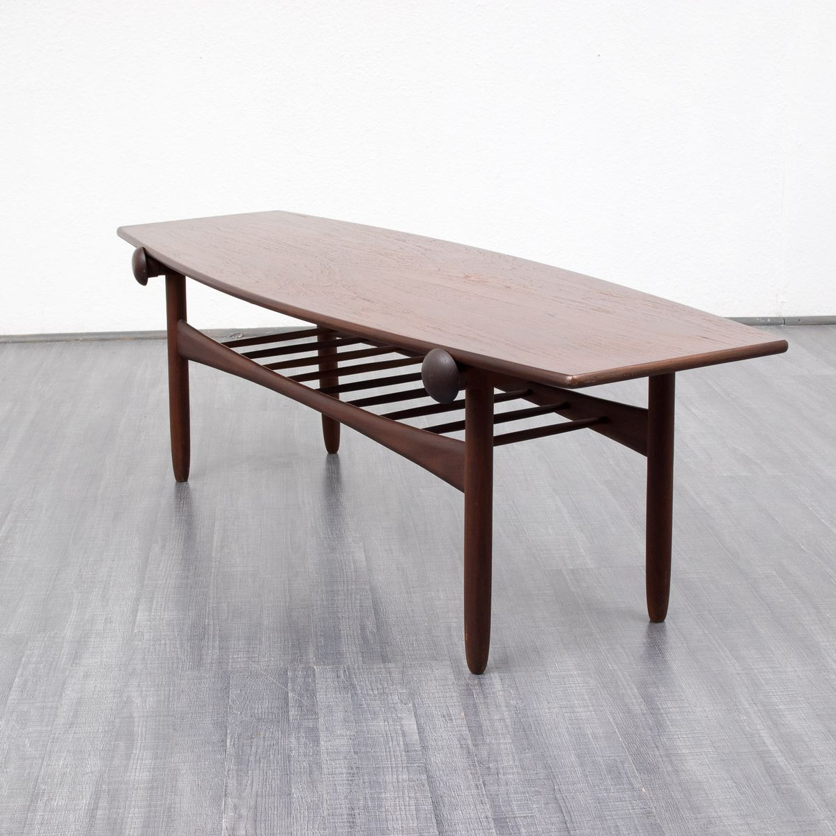 Scandinavian Teak Coffee Table: Scandinavian Style Teak Coffee Table, 1960s For Sale At Pamono